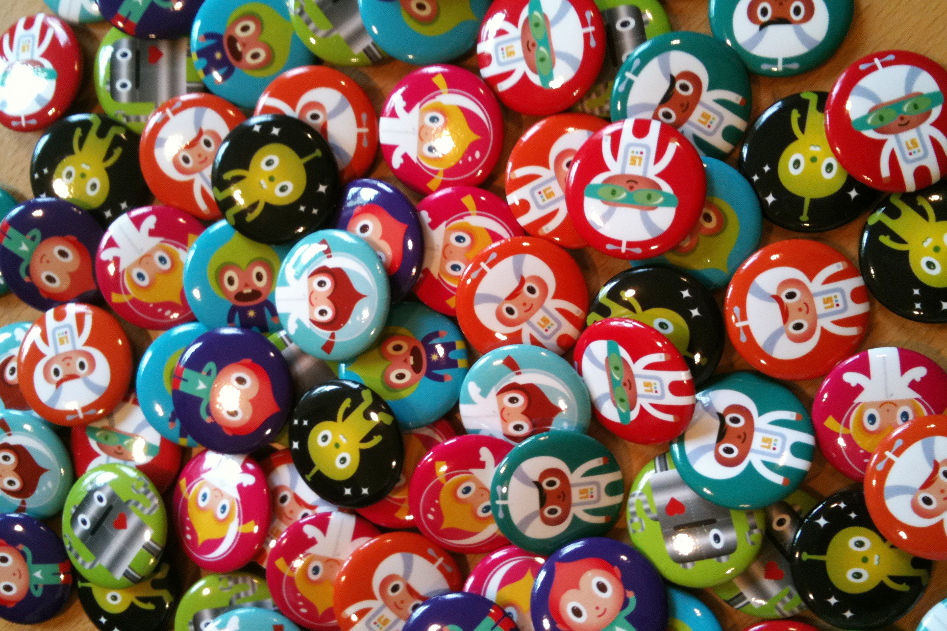 Laurelhurst Auction Buttons