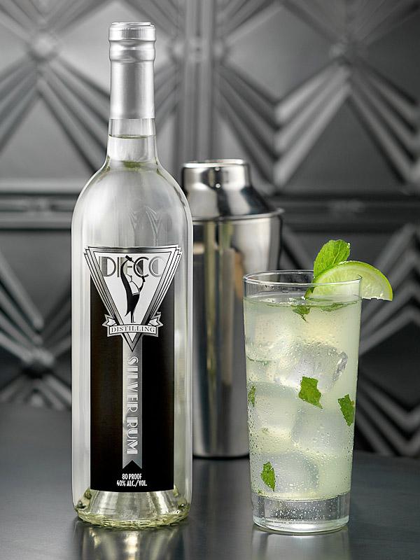 Deco Silver Rum label